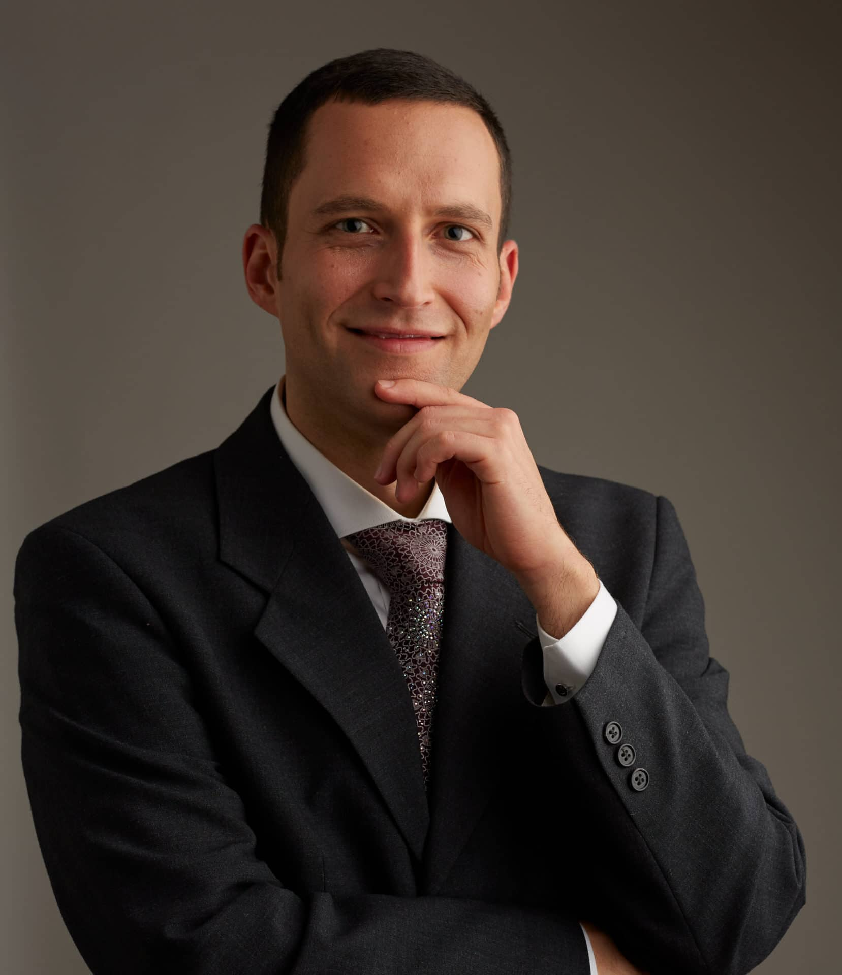 Stéphane Mercier est docteur en philosophie, enseignant universitaire et chercheur.